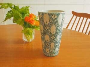 NYMOLLE社製の花瓶 女の子のモチーフ