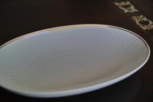 ドイツローゼンタールのオーバルの白皿 2