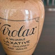 とても大きなサイズのVIROLAXの容器 陶器製