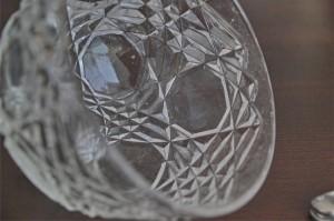 小振りで愛らしい、ガラス製ケーキドーム 4