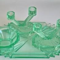 ガラス製グリーンカラー ドレッサーセット トレー・アクセサリーデッシュ・キャンドルホルダー×2セットで
