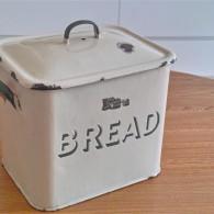 英国製 ブレッド缶 クリーム地×緑文字  その2