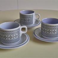 英国 ホーンジー(HORNSEA)コーヒーカップ&ソーサー × 3ヶセットで タペストリー柄