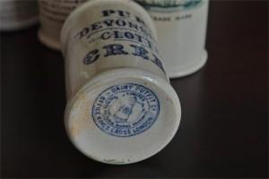 英国 クロテッドクリームボトル 青文字 ミニサイズ その1  3