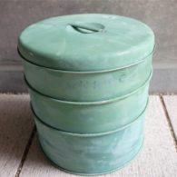 英国 TALA (タラ) 社 3段のケーキ缶 ペイントにムラの難があります。2