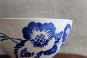 アンティークカフェオレボウル その67 ブルーの花柄 特大サイズ