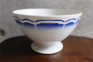 アンティークカフェオレボウル その68 大きなサイズで青い花束柄  Badonviller (バドンヴィレー)製