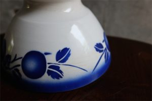 アンティークカフェオレボウル その62 青い実柄 Badonviller (バドンヴィレー)製